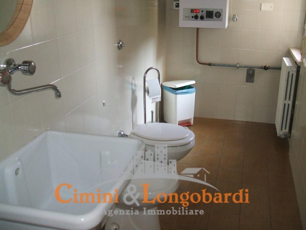 Nereto ampio appartamento centralissimo - Immagine 9