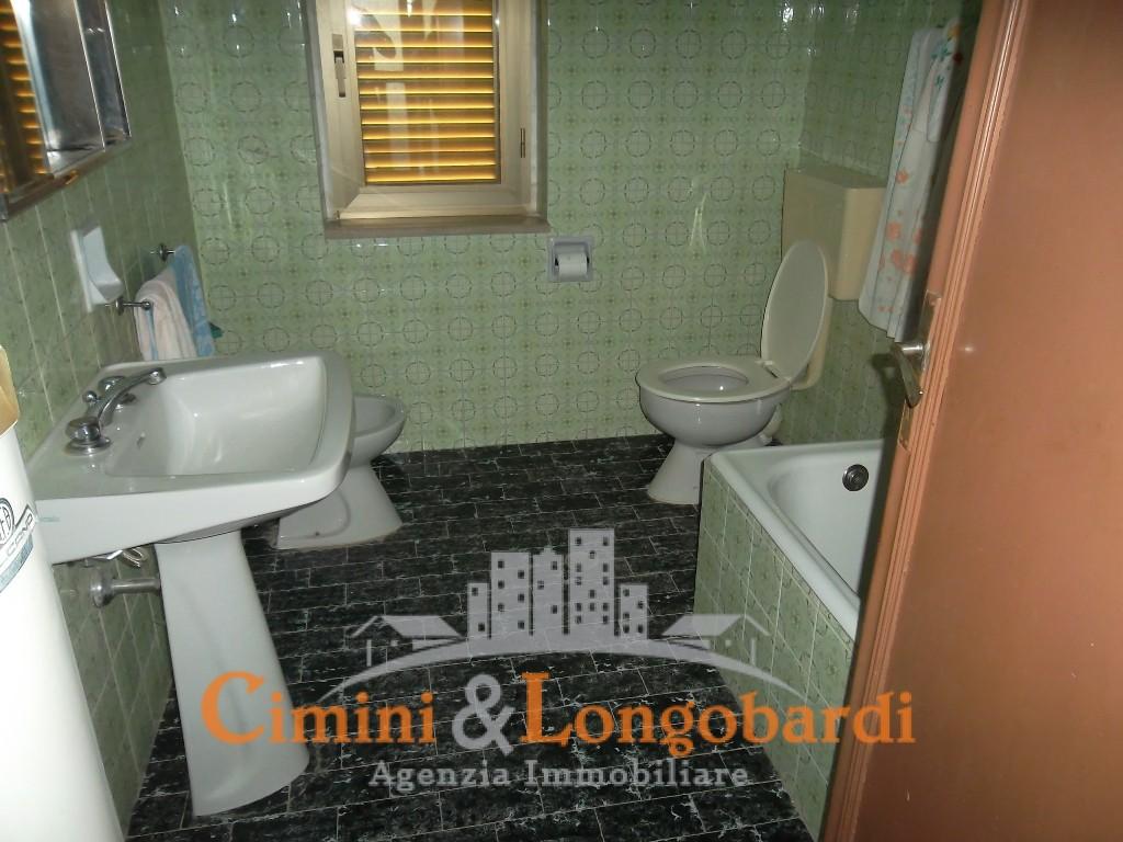 Casa affiancata con terreno agricolo a Campli - Immagine 5