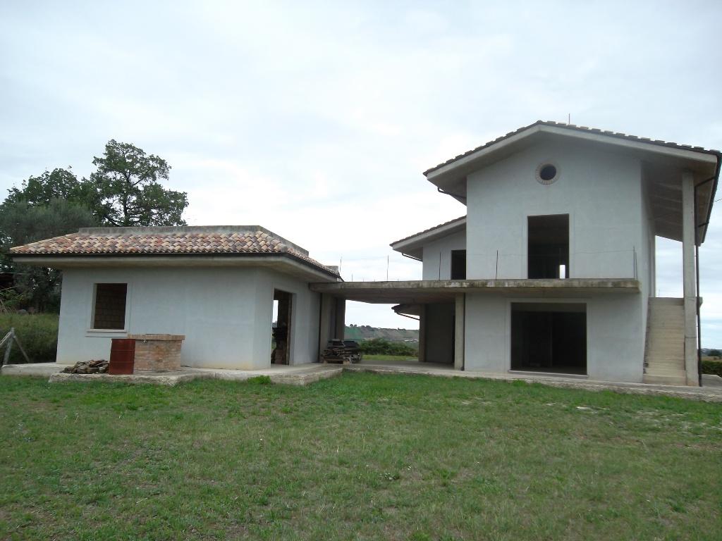 Vendesi villa in costruzione a campli zona panoramica - Mutuo casa in costruzione ...