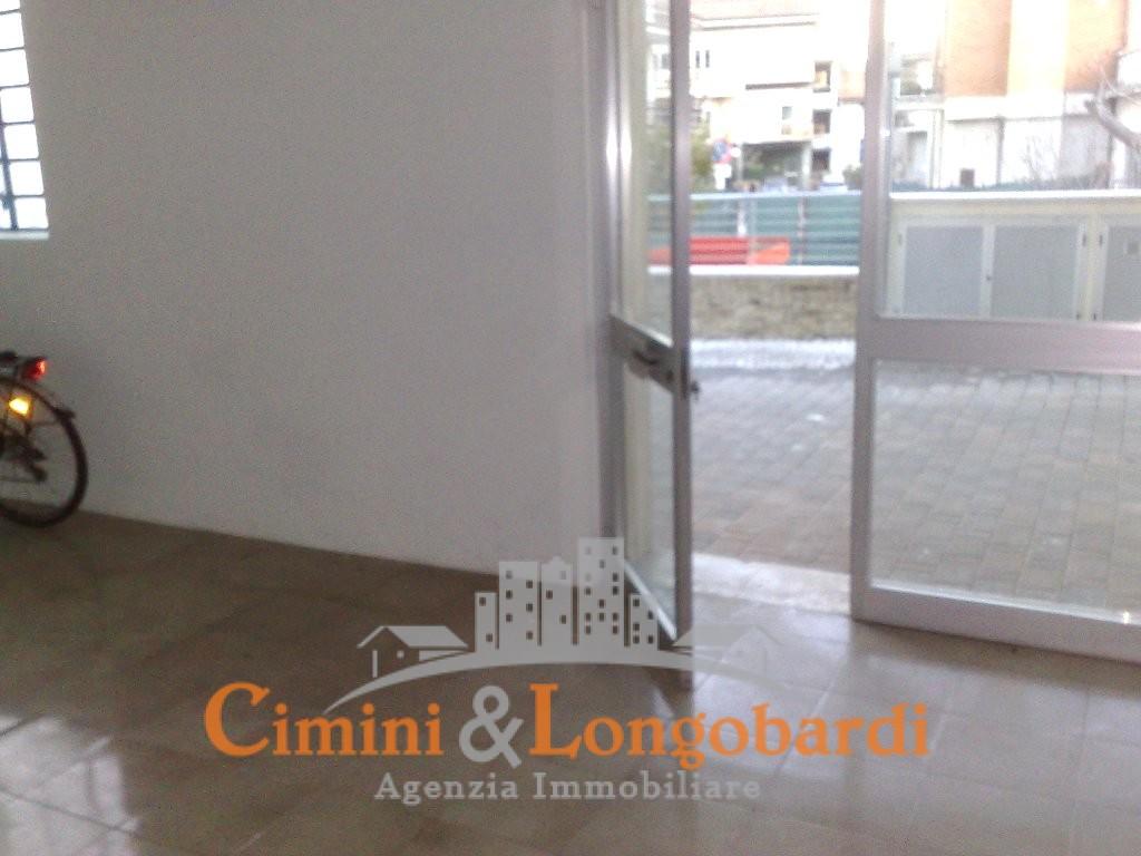 Nereto Locale commerciale/artigianale/ufficio centralissimo - Immagine 2