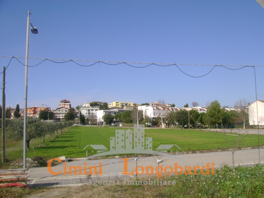 Terreno edificabile a Nereto - Immagine 8