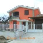 Ultimo Villino in Bifamiliare a Nereto, zona residenziale e panoramica