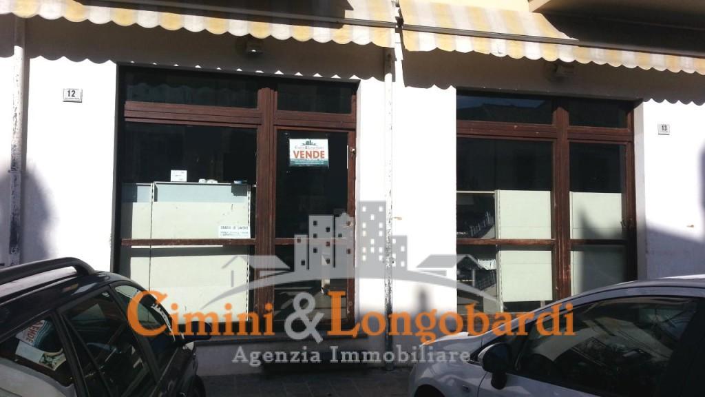 Locale commerciale nel cuore di Nereto