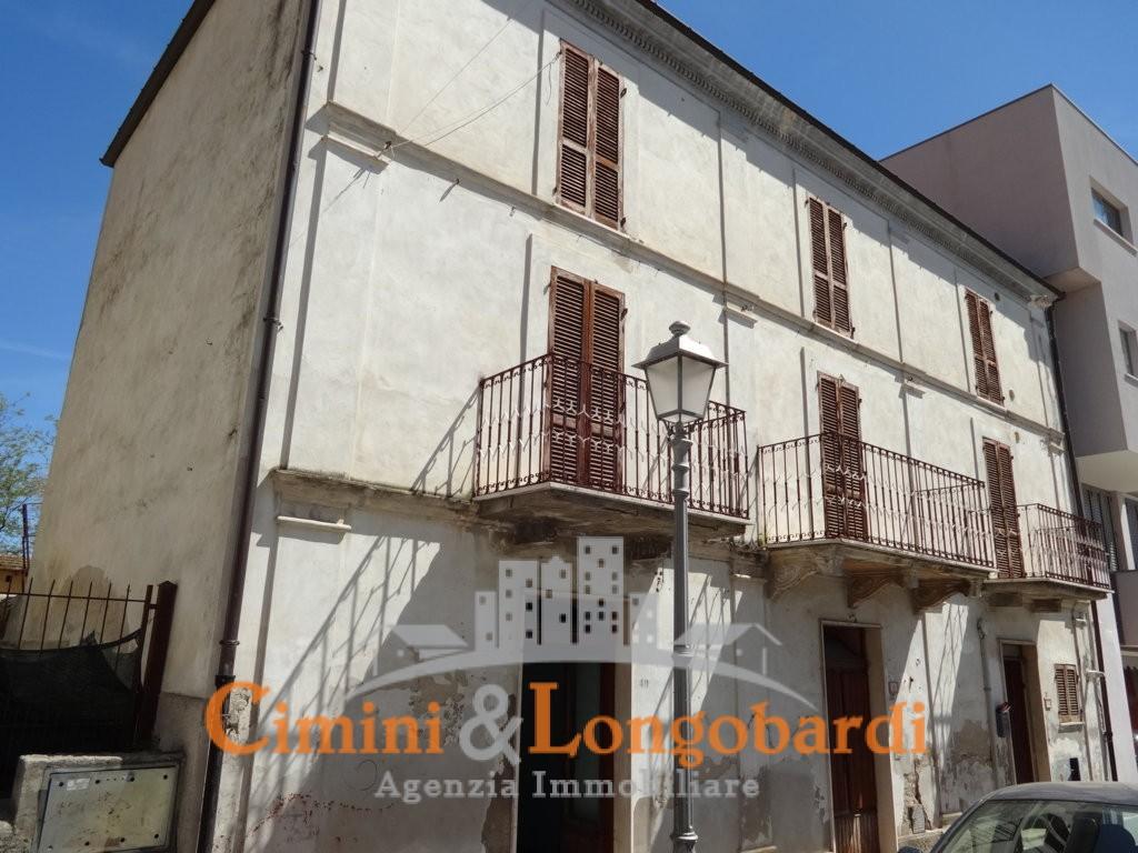 Casa indipendente con locale commerciale - Immagine 2