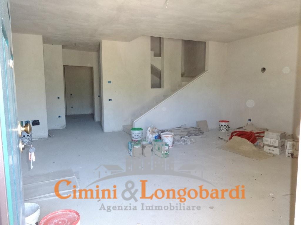 Vendesi villa a schiera a Sant'Onofrio di Campli - Immagine 4