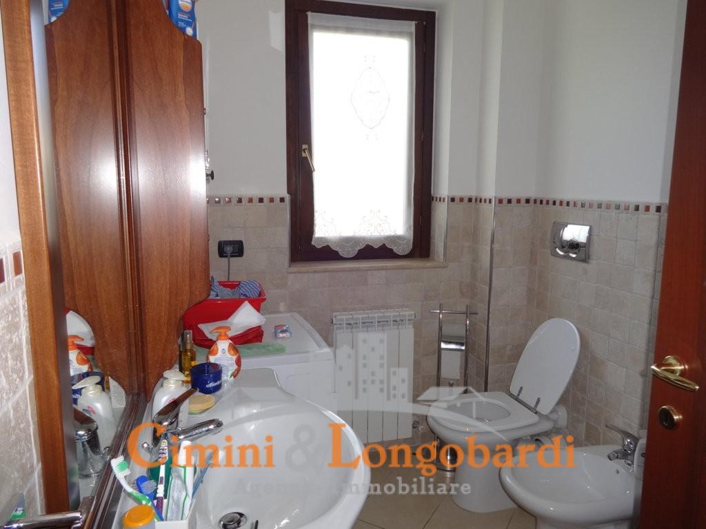 Appartamento su 2 livelli con ingresso indipendente - Immagine 6