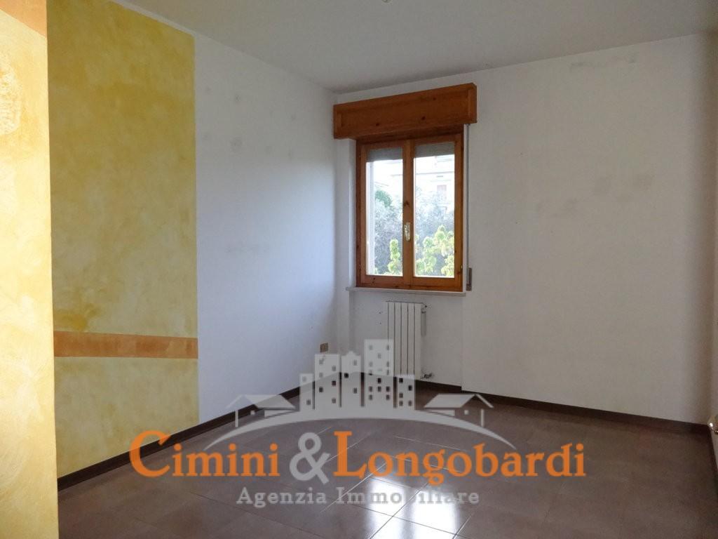 Appartamento ottimo usato a Nereto - Immagine 6