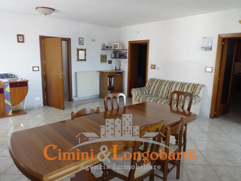 Casa singola con terreno a Sant'Egidio alla Vibrata - Immagine 4