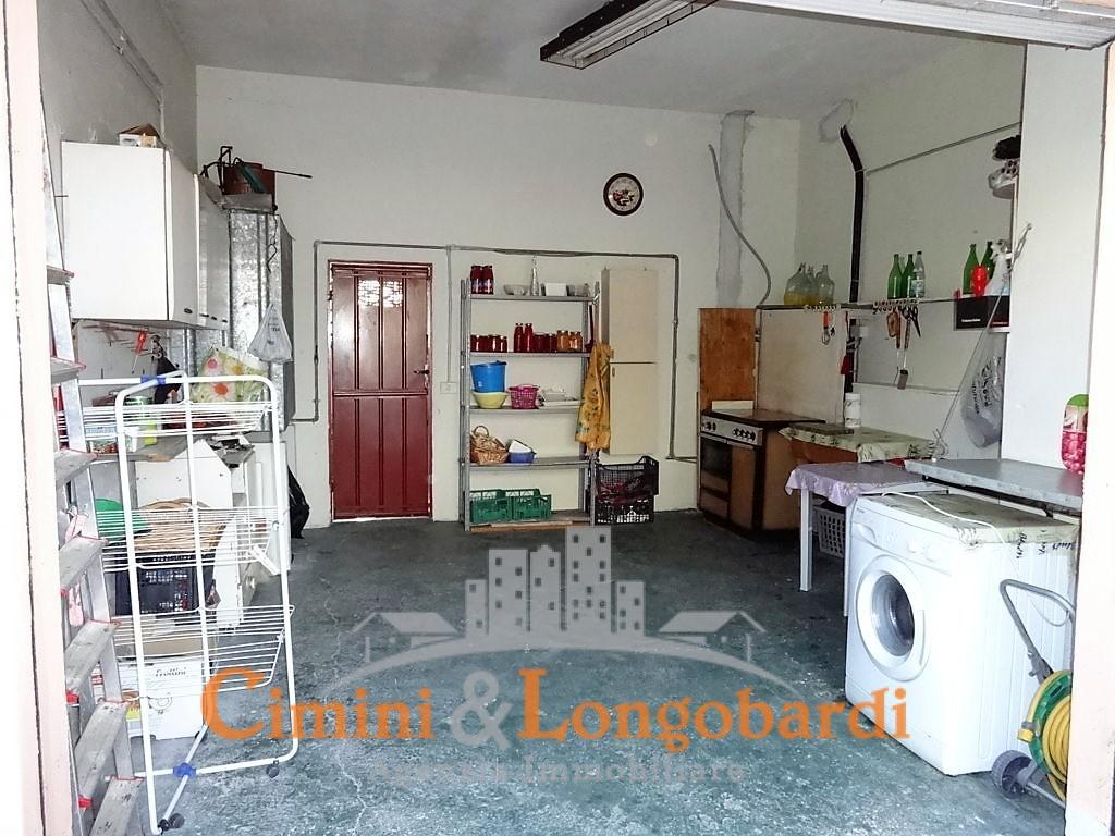 Casa indipendente con 2 appartamenti - Immagine 10