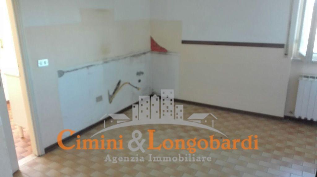 Casa singola bifamiliare - Immagine 3