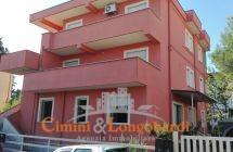 Appartamento al piano terra con giardino a soli  €65.000