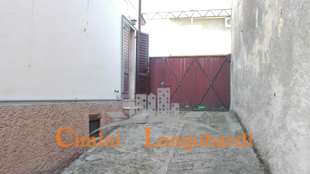 Casa affiancata su 3 livelli - Immagine 8