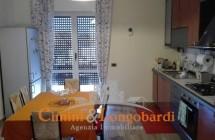 VIlla con 2 appartamenti indipendenti e terreno - Immagine 4