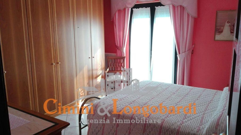 Appartamento di 110 mq in posizione centrale a soli € 90.000 - Immagine 4
