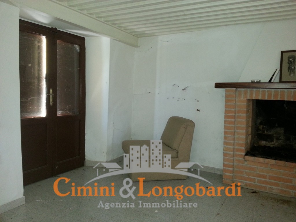 Casa Indipendente a poca distanza da Torano Nuovo - Immagine 3