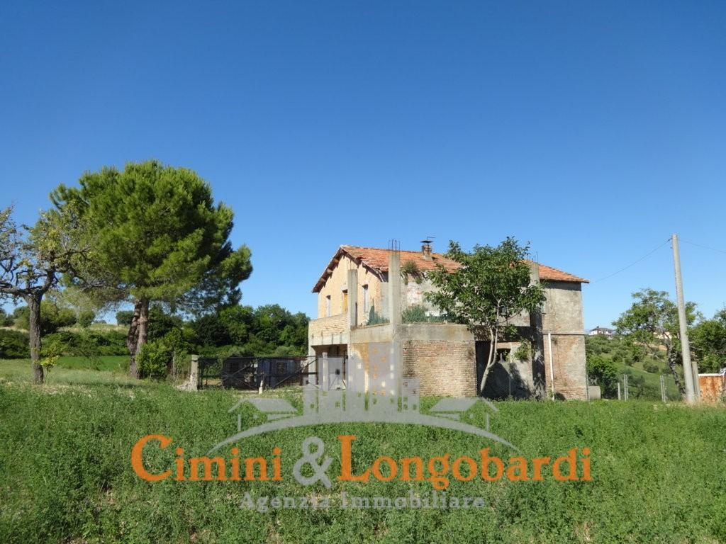 Casale con terreno… Zona  panoramica con vista mare - Immagine 8