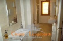 Villino con 2 appartamenti.. Zona centralissima - Immagine 4