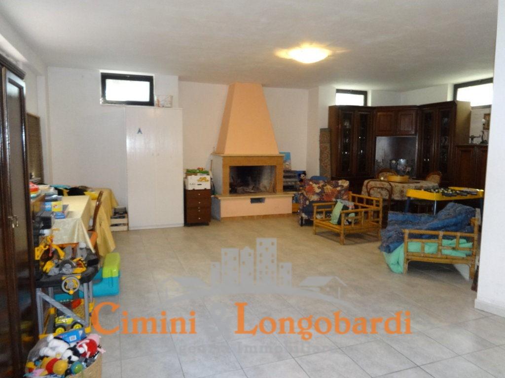 Villino su 4  livelli a Nereto - Immagine 9