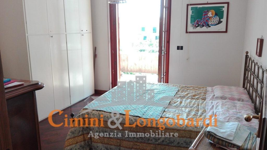Prestigiosa villa a Nereto - Immagine 6