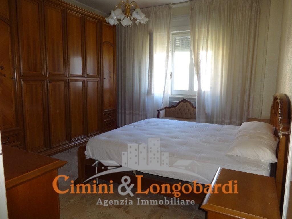 Nuovo prezzo…Bellissima villa.. Posizione centralissima - Immagine 7