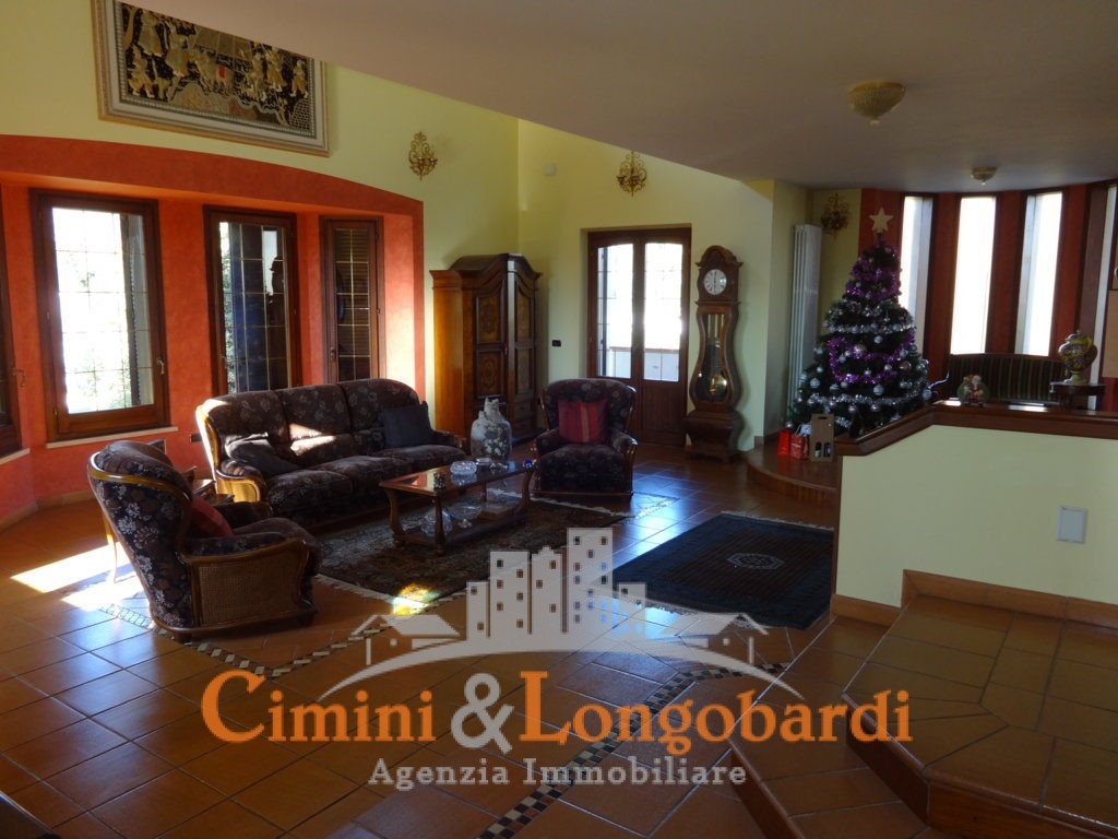 Stupenda villa a Nereto - Immagine 4