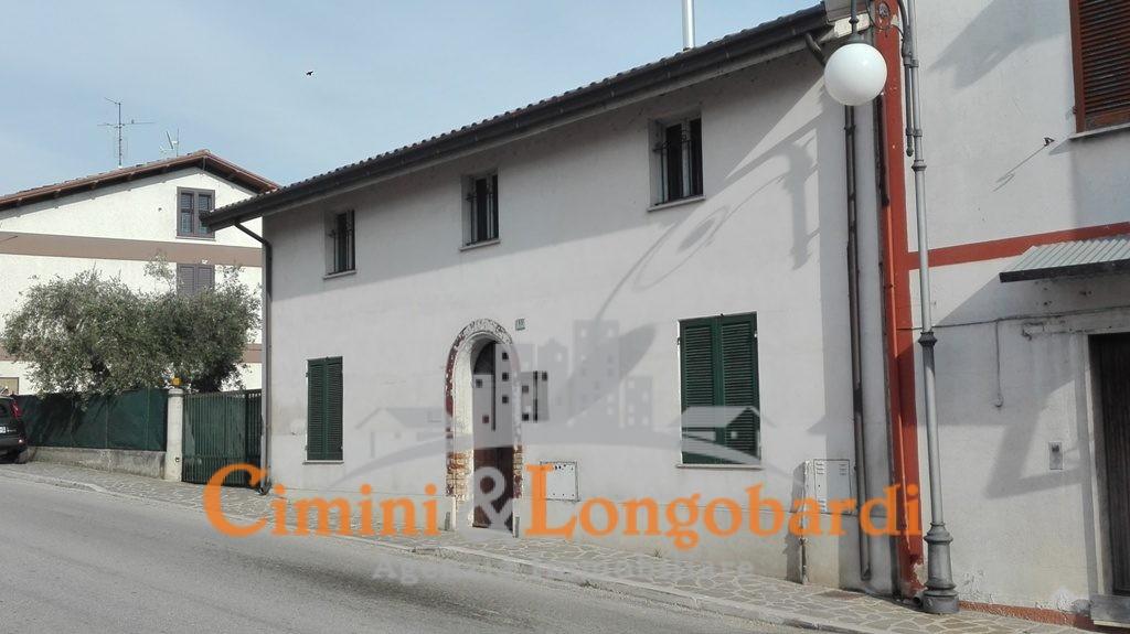 Casetta singola con giardinetto - Immagine 2