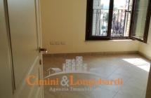 Appartamento con box zona centrale - Immagine 5