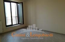 Appartamento con box zona centrale - Immagine 3