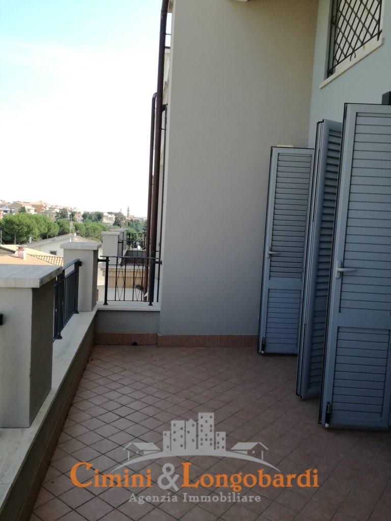 Appartamento con box zona centrale - Immagine 6