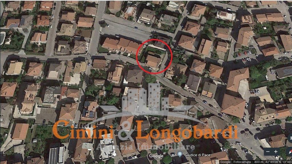 Casa singola con terreno.. Centralissima - Immagine 8