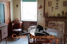 Casa singola con terreno.. Centralissima - Immagine 3