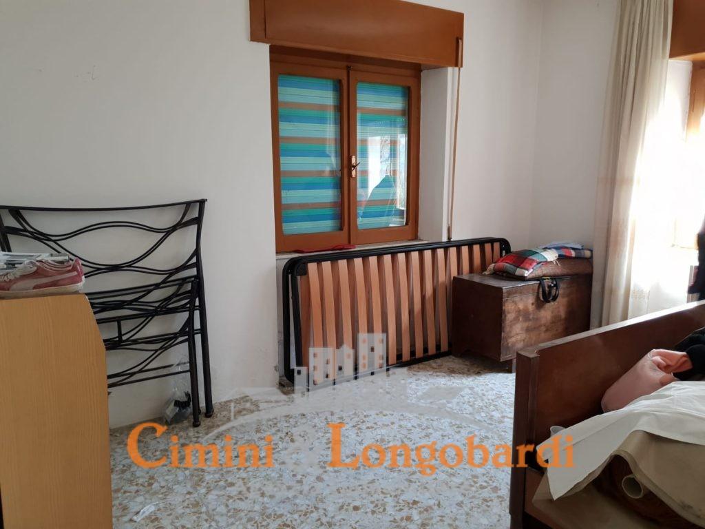 Appartamento con corte privata - Immagine 4