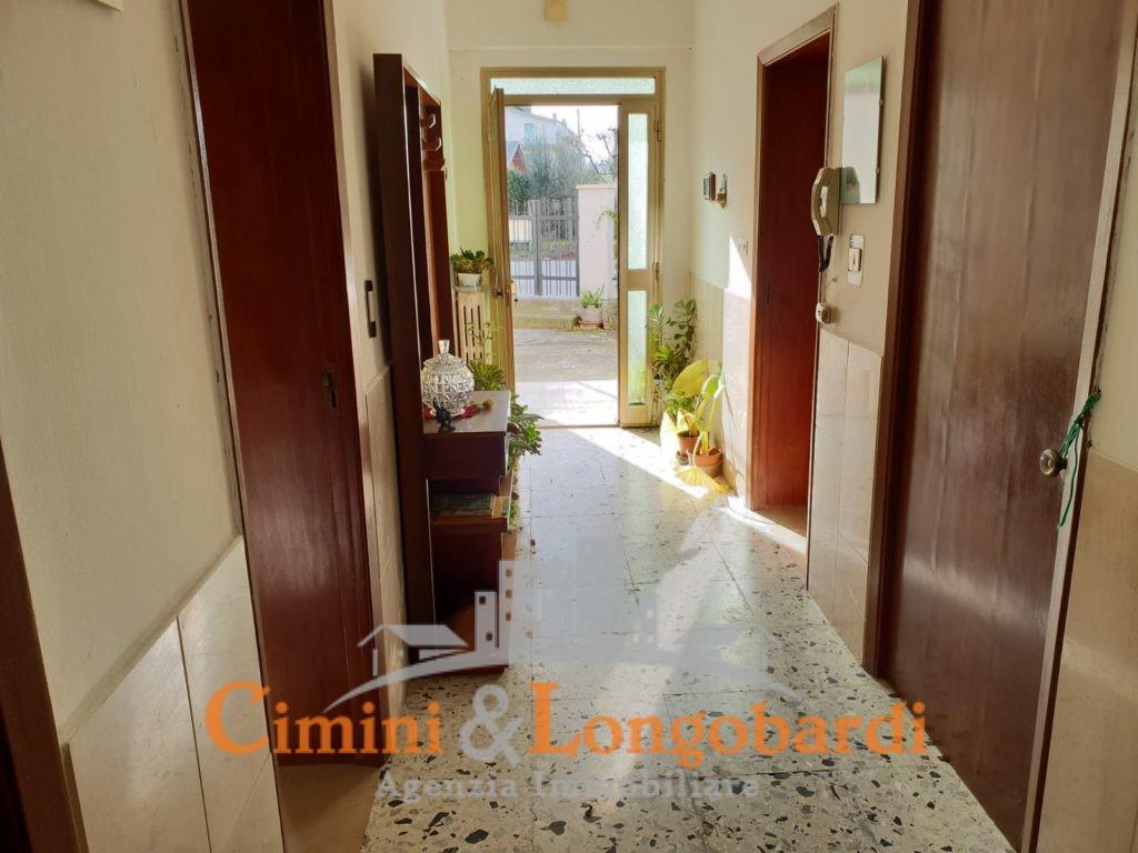 Appartamento con corte privata - Immagine 6