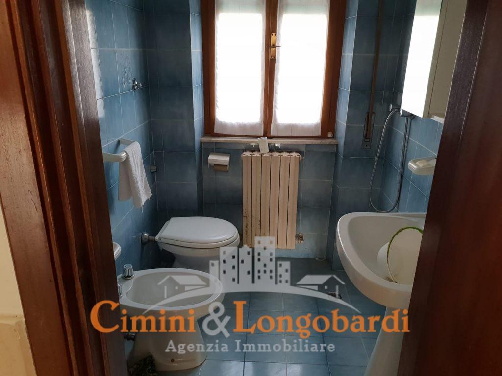 Appartamento con corte privata - Immagine 5