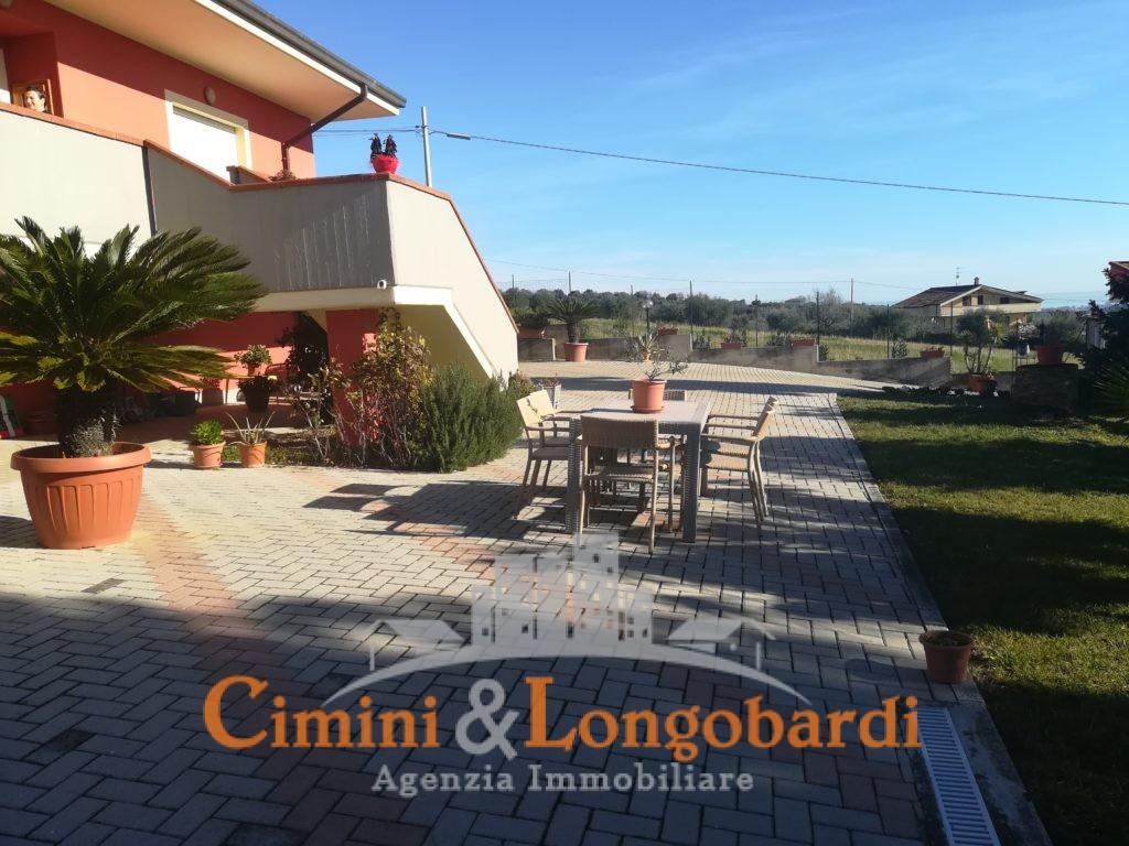 Villa vista mare colline Corropoli - Immagine 2