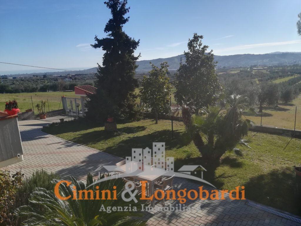 Villa vista mare colline Corropoli - Immagine 3