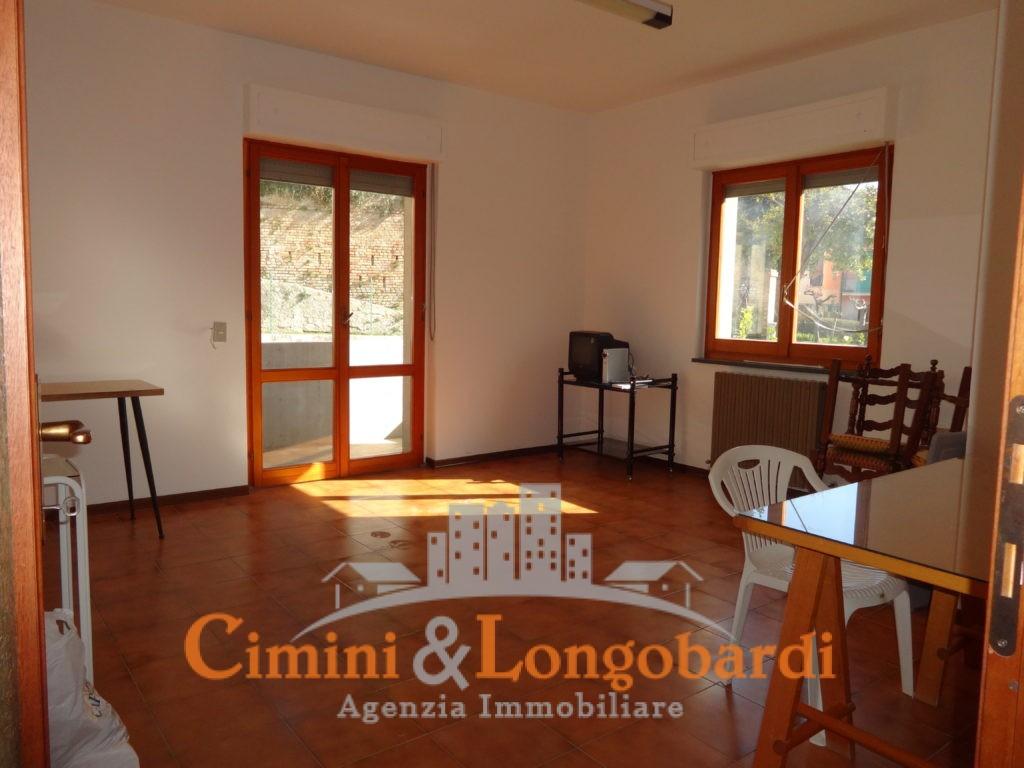 Appartamento Residenziale Completo di Box Auto e Cantina - Immagine 2