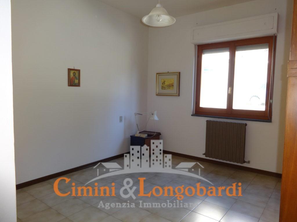 Appartamento Residenziale Completo di Box Auto e Cantina - Immagine 5