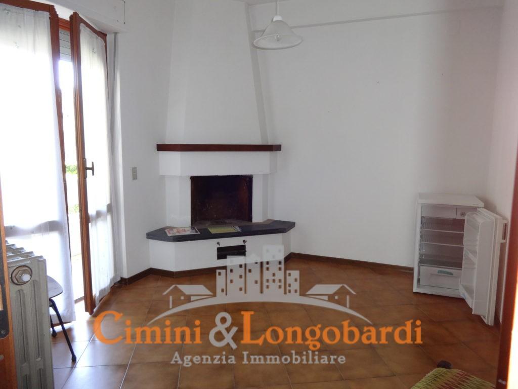 Appartamento Residenziale Completo di Box Auto e Cantina - Immagine 3