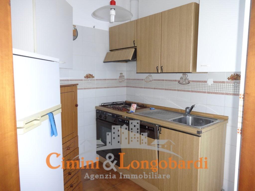 Appartamento Residenziale Completo di Box Auto e Cantina - Immagine 4