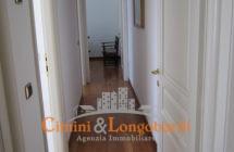 Appartamento ampio e centralissimo - Immagine 5