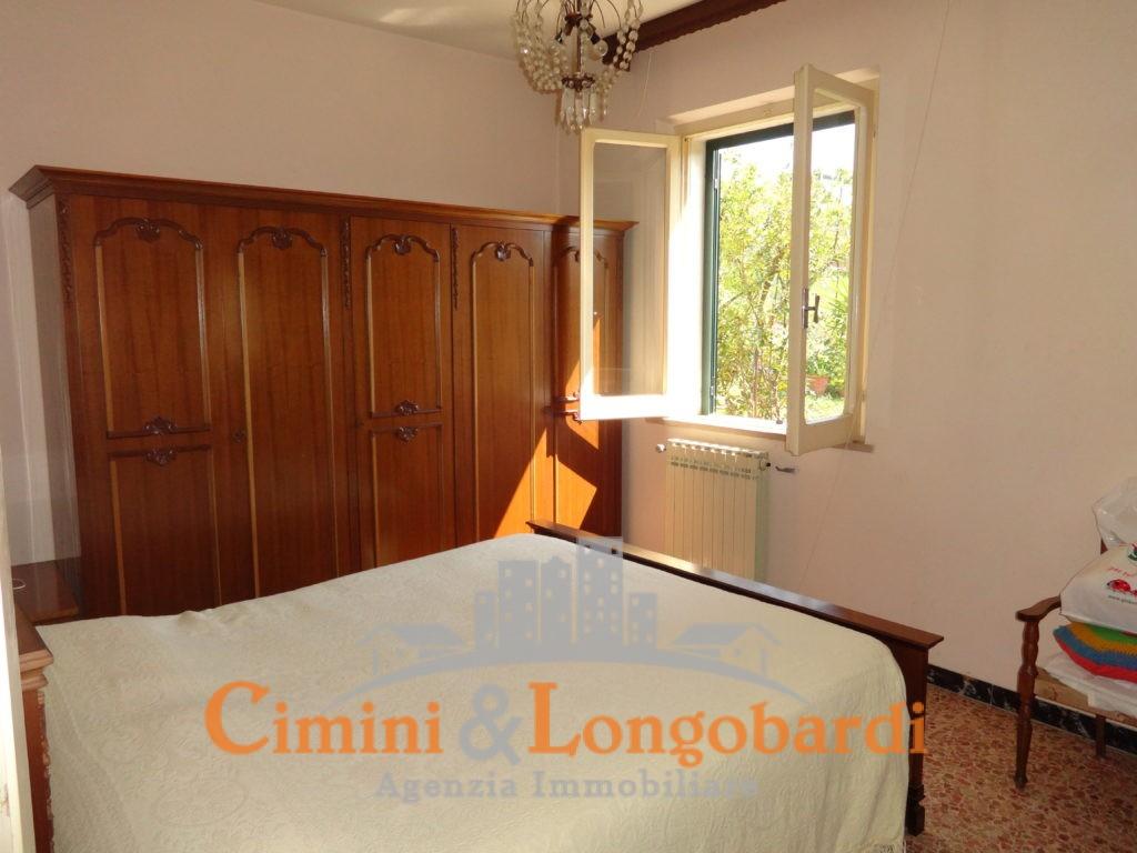 Casa singola a poca distanza dal centro di Sant'Omero - Immagine 4