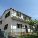 Casa singola a poca distanza dal centro di Sant'Omero
