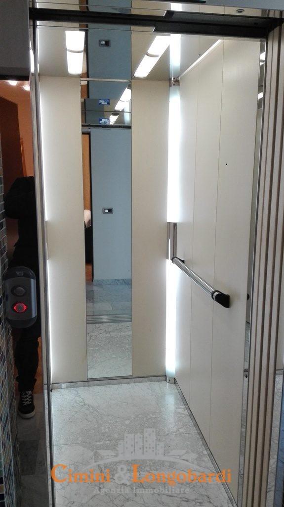 Ampio appartamento in ottima posizione - Immagine 10