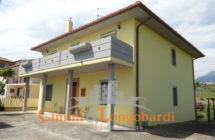 Casa singola con terreno nella frazione di Favale - Immagine 1
