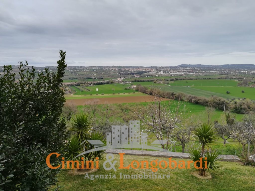 Villa a Sant'Omero - Immagine 2