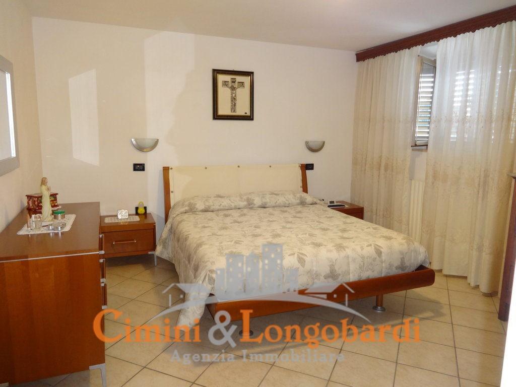 Villa con 2 appartamenti e terreno di 7.000 mq - Immagine 6