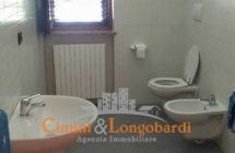 Appartamento residenziale con box auto cantina e posto auto - Immagine 8