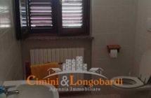 Appartamento residenziale con box auto cantina e posto auto - Immagine 9
