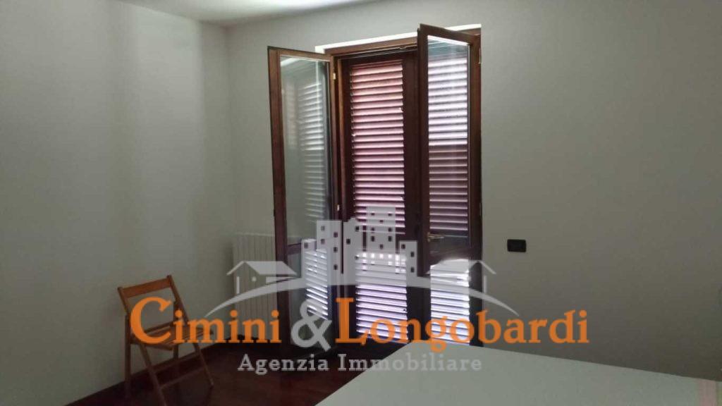 Appartamento residenziale con box auto cantina e posto auto - Immagine 5